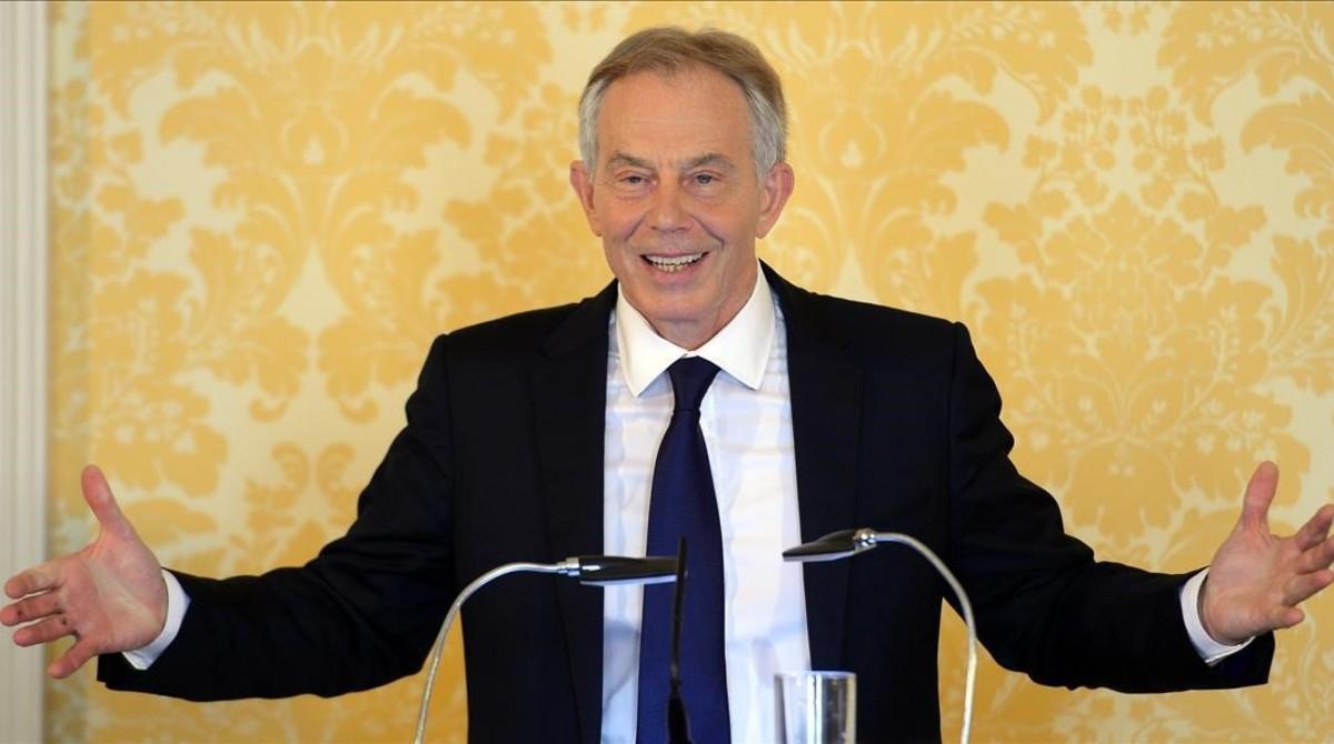 Blair habla durante su rueda de prensa en Admiralty House, en Londres, este miércoles.