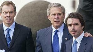 Blair, Bush y Aznar, el trío de las Azores, los defensores de unos falsos argumentos belicistas que nos llevaron a la guerra de Irak.