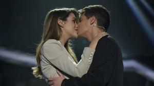 Amaia Romero y Alfred García tras cantar Tú canción en 'Operación Triunfo 2018'