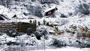 Casas sepultadas tras el alud de tierra en Ask (Noruega).