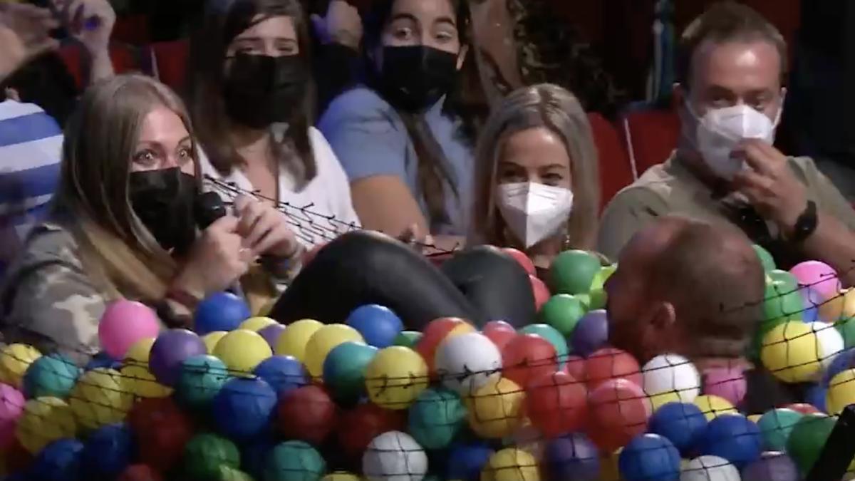 Vídeo   El tremendo susto de Jorge Ponce a una chica del público de 'La Resistencia'