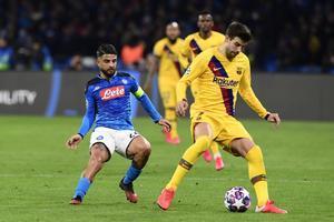 Gerard Piqué en el partido contra el Nápoles.