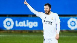 El Madrid respira amb una victòria tranquil·la contra l'Alabès