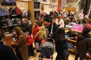Un día de tiendas en La Roca Company Stores.