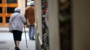 Anciana en el Raval de Barcelona.