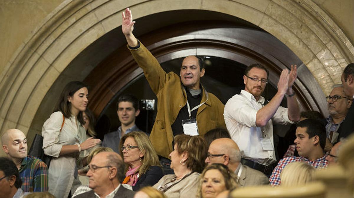 Desalojo de alborotadores en el Parlament
