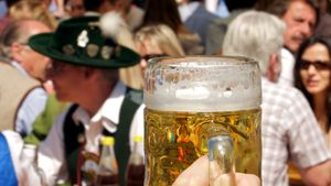 Miles de personas disfrutan cada año del Oktoberfest.