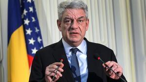 Tudose pronuncia un discurso tras un acuerdo entre General Dynamics y el Ministerio de Defensa rumano, en Bucarest, el 12 de enero.