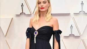 Margot Robbie, en la ceremonia de los Oscar del pasado febrero, con un vestido Chanel vintage.