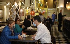 El Núria simbolitza les reobertures a la Rambla amb un esmorzar popular