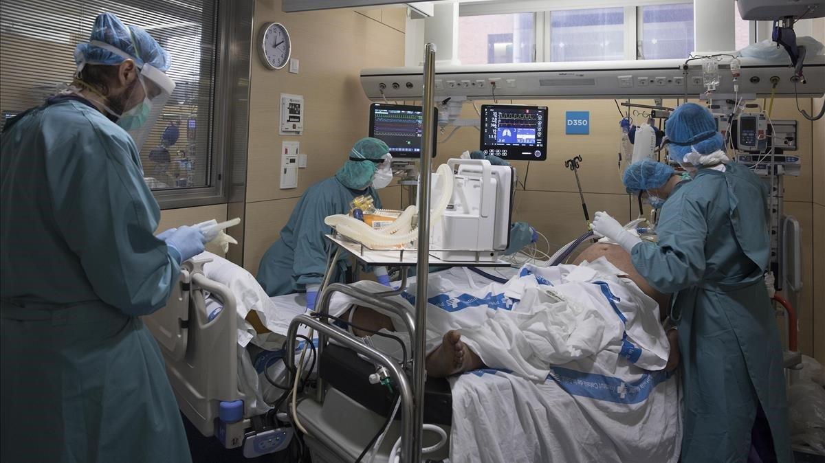 Unidad de Cuidados Intensivos (UCI) del Hospital de la Vall d'Hebrón.