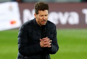 El entrenador del Atlético Diego Simeone durante el último partido en Cornellà.