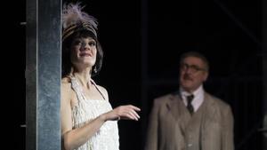 María Hinojosa en una escena de 'L' Emperadriu del Paral.lel'