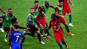 Éder entró en la larga lista de héroes inesperados de las Eurocopas.