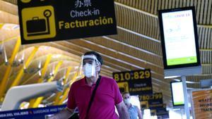AENA va a ubicar clínicas de pruebas diagnósticas para pasajeros de salida en 15 aeropuertos de la red.