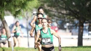Laura Méndez, en primer plano, con sus compañeras de equipo-