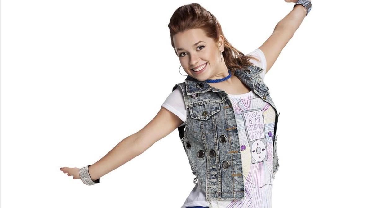 Ana Jara, en una foto promocional de 'Soy Luna'.