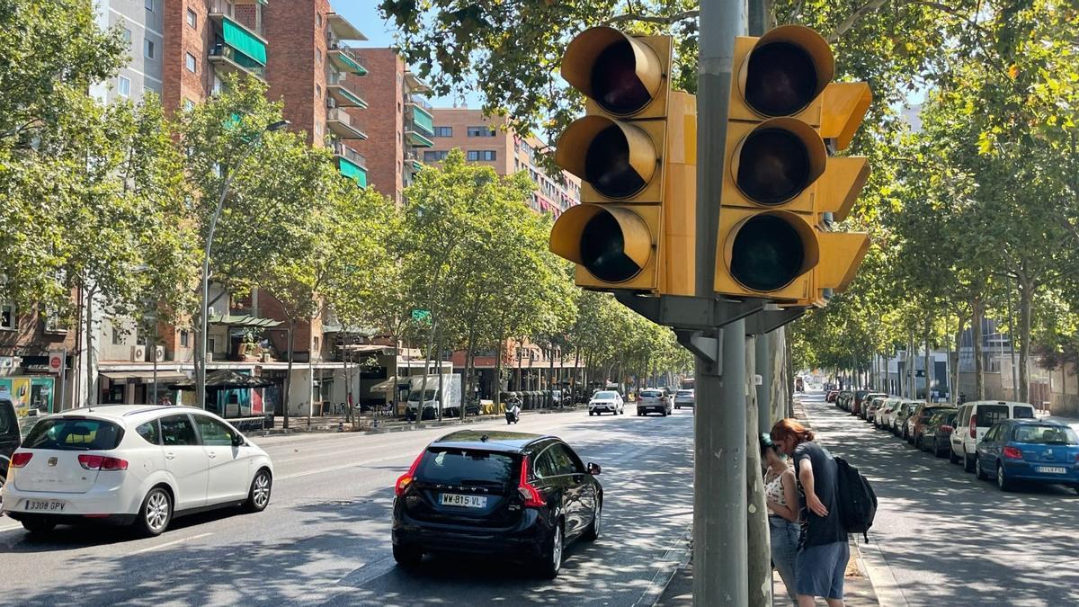 Barcelona  24/7/2021  semaforos apagados en la Gran Via de Barcelona  Foto: Manu Mitru