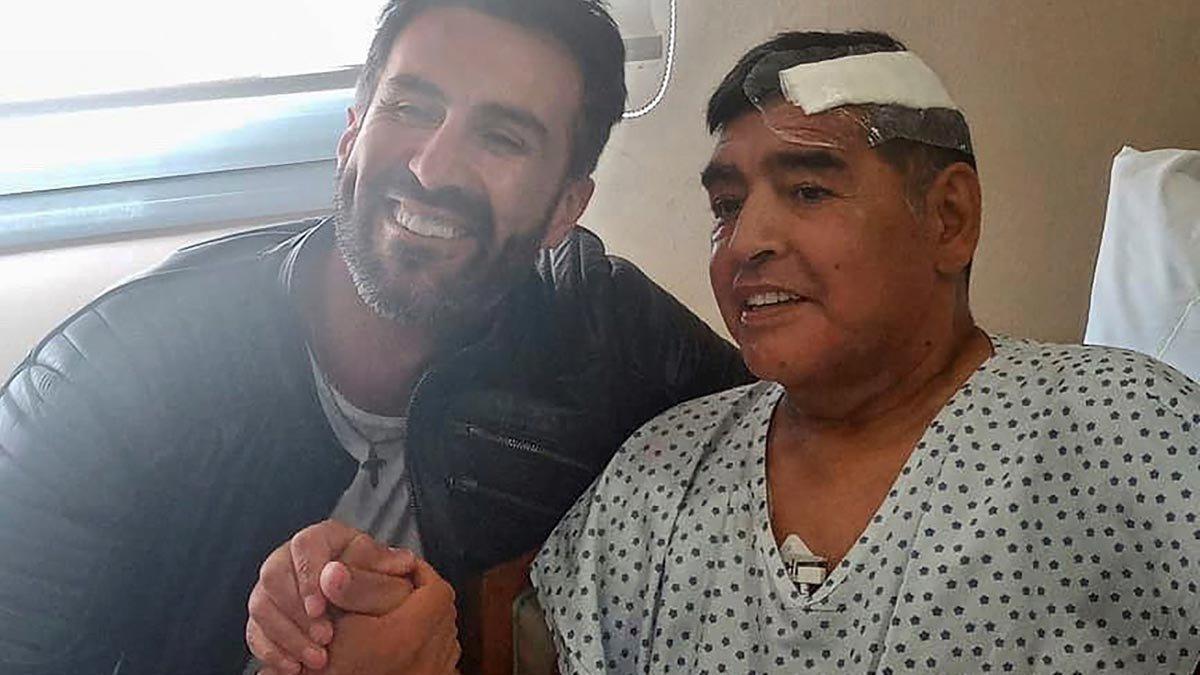 Maradona y el médico que le operó, Leopoldo Luque.