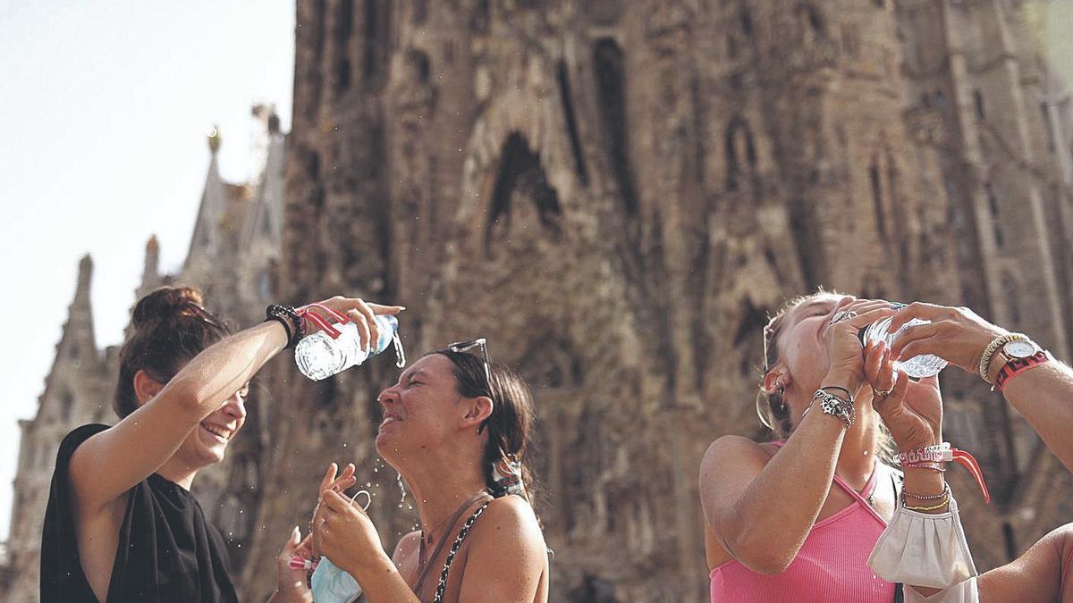 El risc per calor torna a Catalunya, on s'arribaran als 38 ºC
