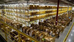 Nave de distribución de Amazon en Torrejón de Ardoz.