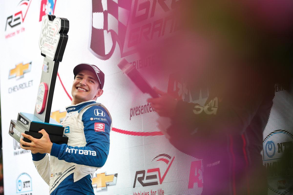 Àlex Palou celebra uno de sus dos triunfos de este año en la Indy.
