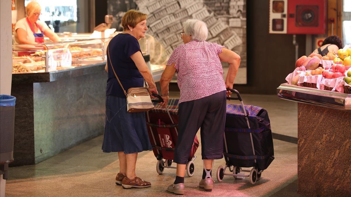 Clientas de toda la vida, en los pasillos de Santa Caterina.