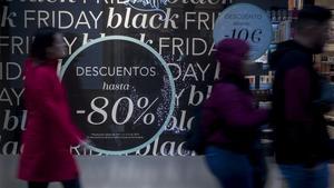 Cartel publicitario del Black Friday en Sevilla