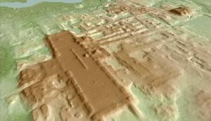Recreación del monumento maya hallado en el yacimiento de Aguada Fenix, en el estado de Tabasco (sur de México).