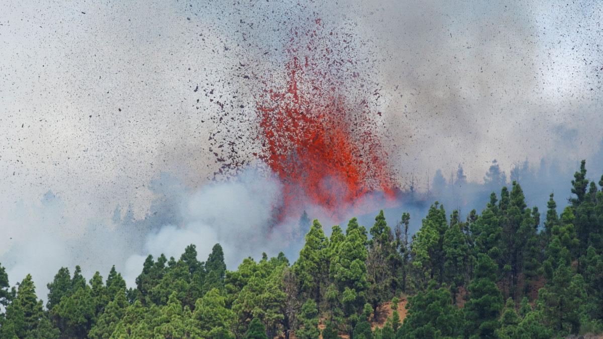 Aena recomana no operar vols amb destinació La Palma després de l'erupció