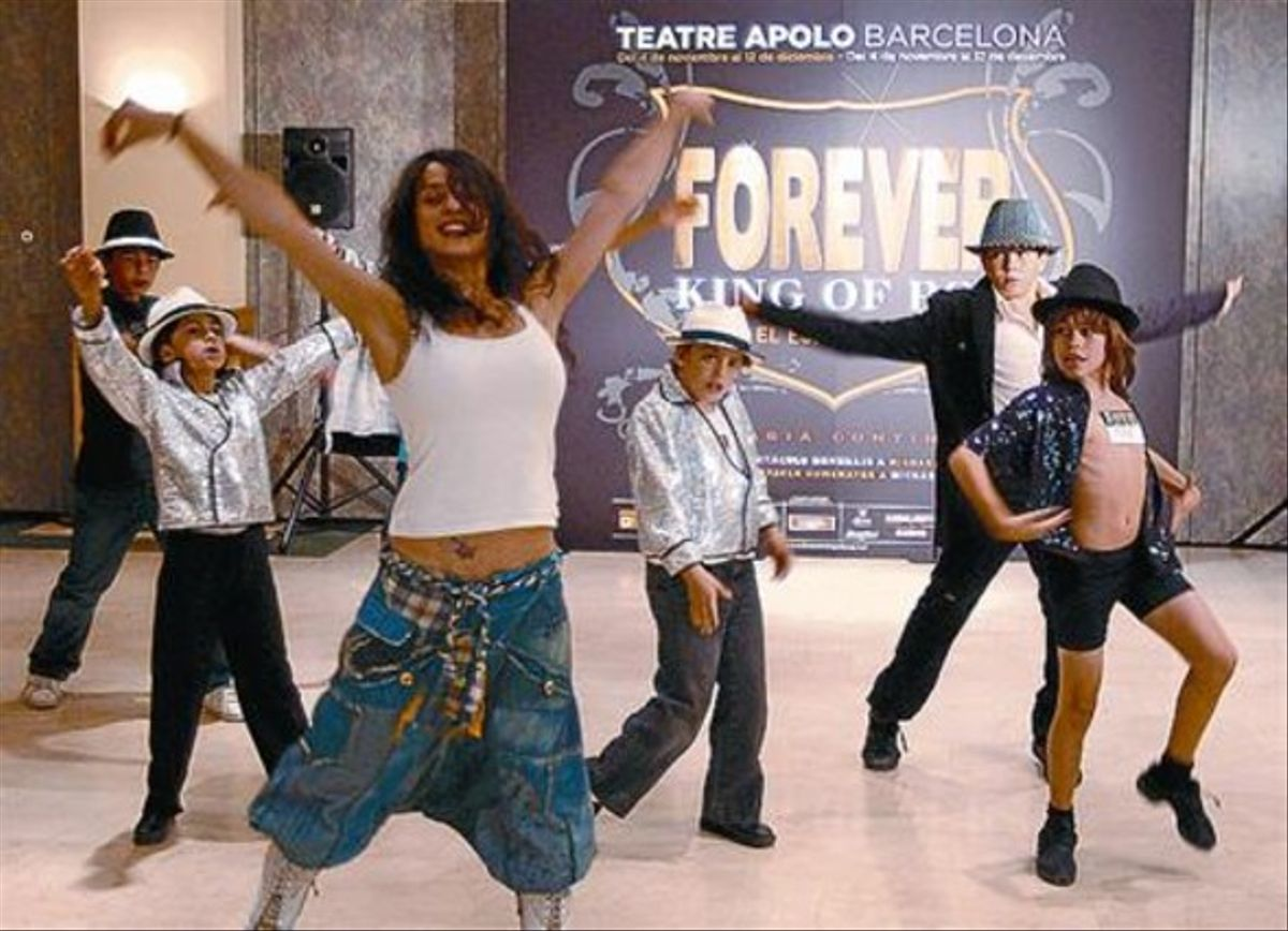 El musical 'Forever, king of pop' busca un Jackson niño