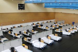 L'hospital de campanya de l'Institut Guttmann, a punt per rebre pacients