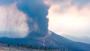 Vista general del volcán de Cumbre Vieja, en La Palma, el 10 de octubre.