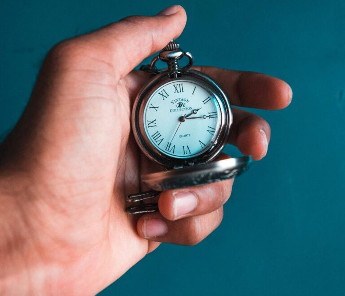 El reloj circadiano regula los genes del hígado