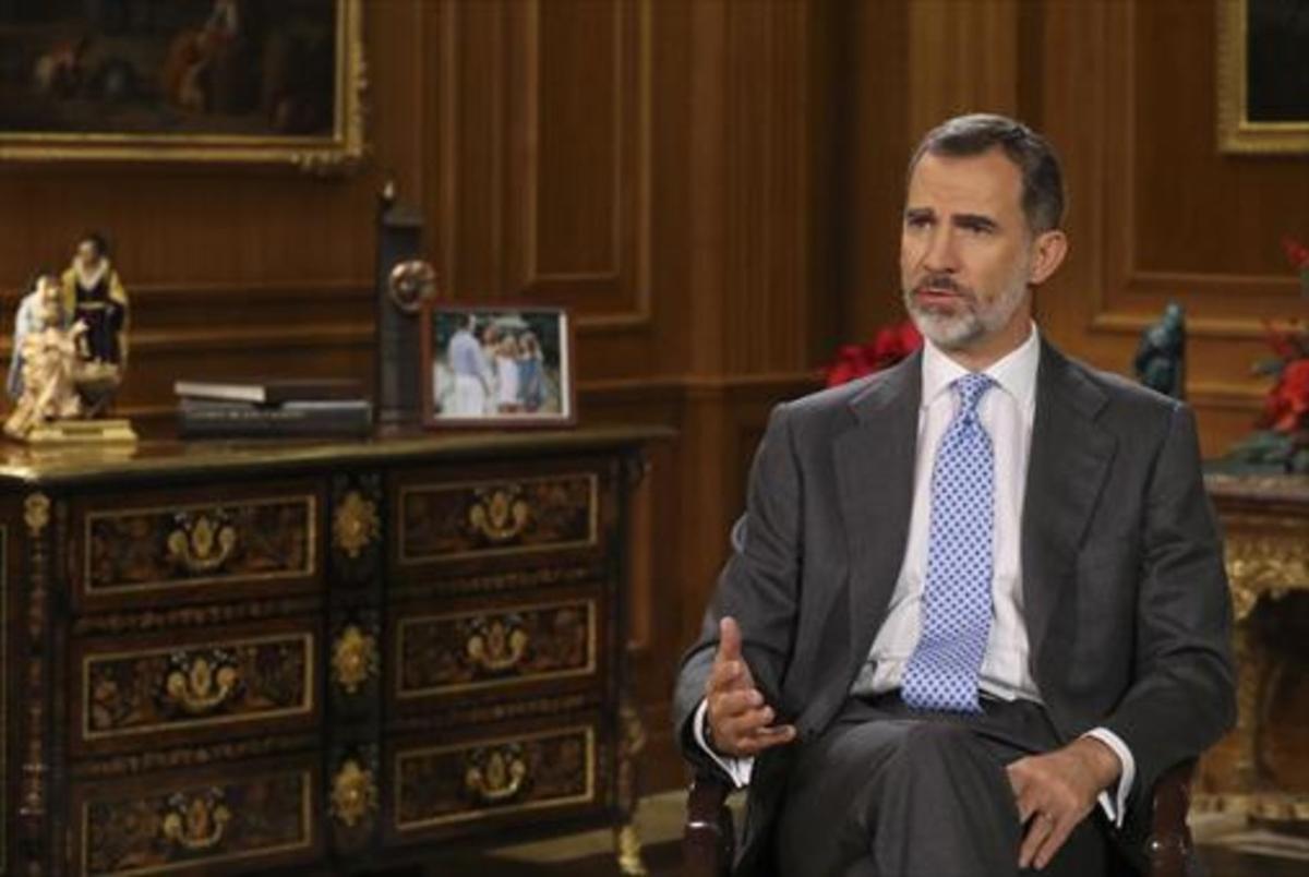 El rey Felipe VI, durante una intervención televisada.