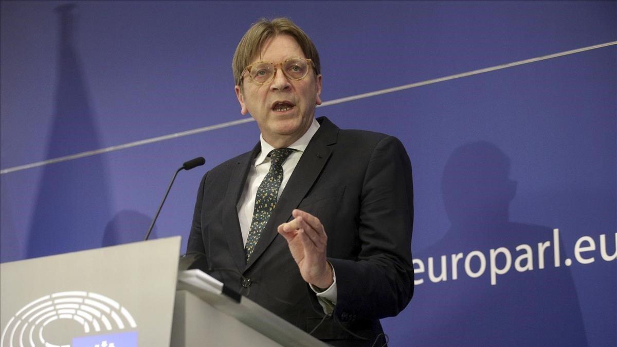 El líder de los liberales europeos (ALDE),Guy Verhofstadt.