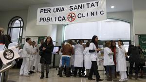 Protesta en el Hospital Clinic, en el 2012, en contra de los recortes en sanidad.