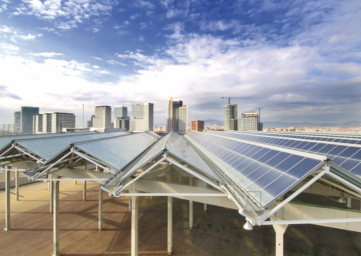 Qué tienes que tener en cuenta si quieres instalar paneles solares en casa