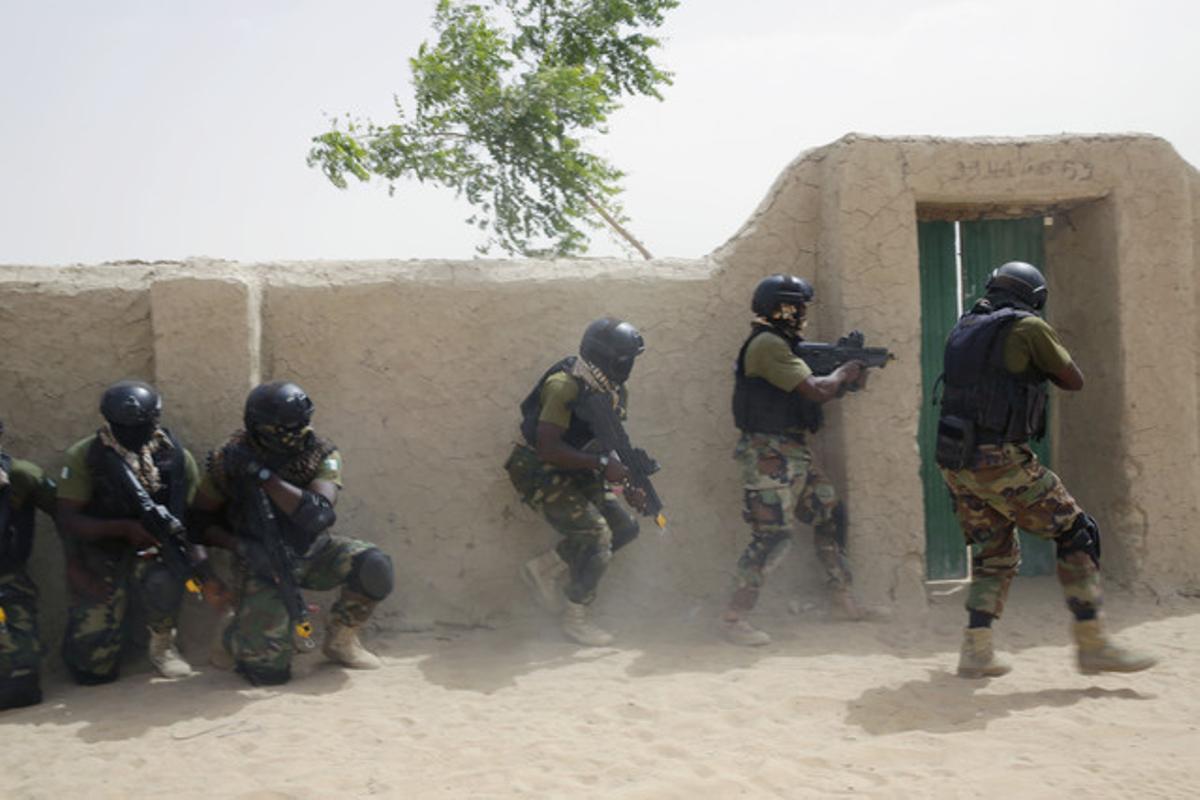 Los ejércitos de Chad y Níger entran en Nigeria en una ofensiva contra Boko Haram