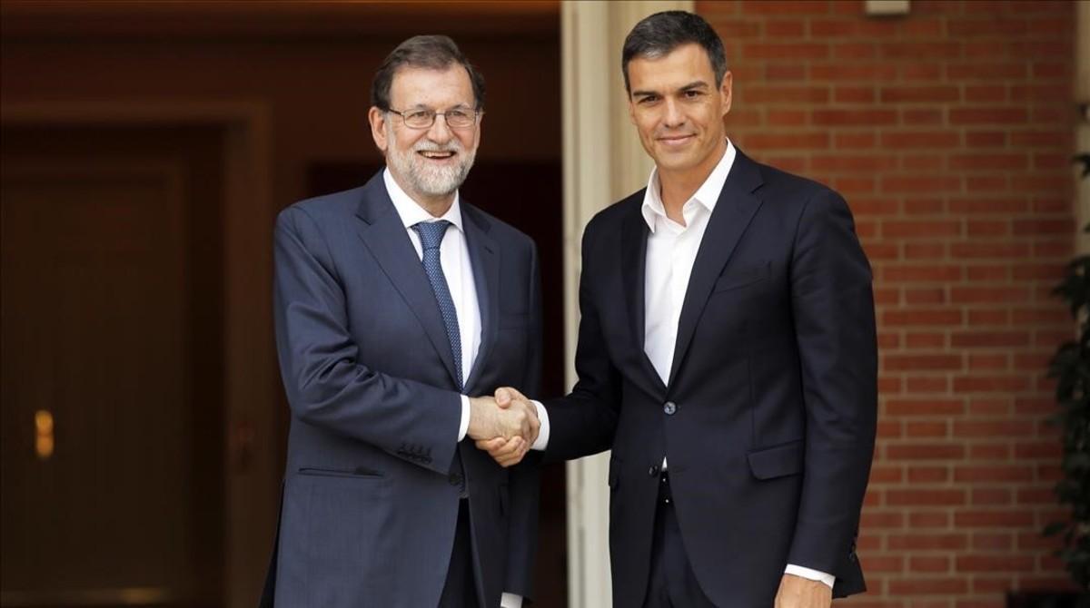 Mariano Rajoy y Pedro Sánchez, durante la reunión que mantuvieron el pasado 7 de septiembre en la Moncloa.