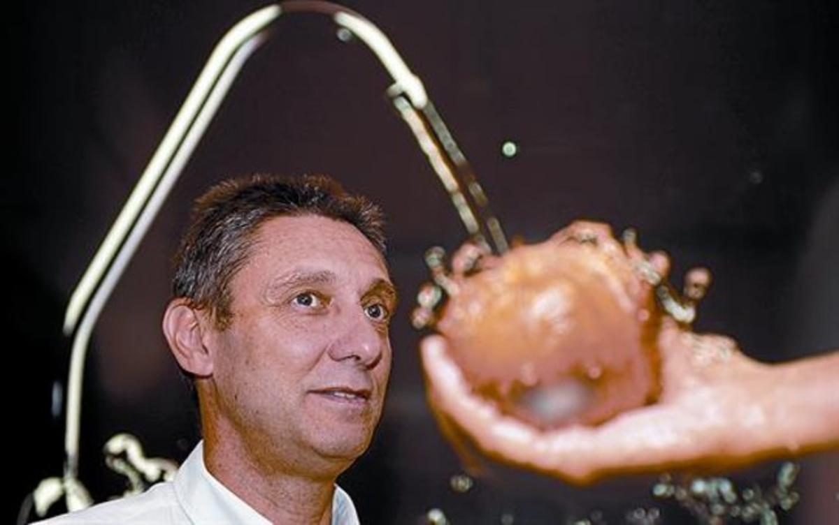 Jordi Lluís Huguet: «Para obtener una manzana se necesitan 60 litros de agua»