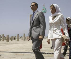 Los Reyes Felipe VI y Letizia a su llegada al Mausoleo de Mohamed VI en Rabat en 2014.