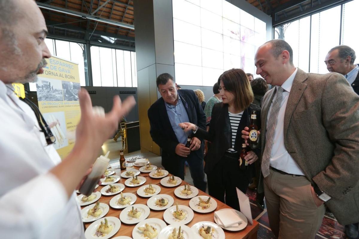 La alcaldesa de Gavà, durante la presentación de la tercera edición de GastroGavà.