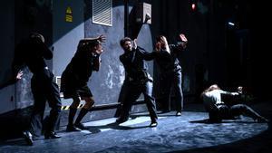La Veronal celebra el món de l'espectacle a 'Opening night', el seu debut al TNC
