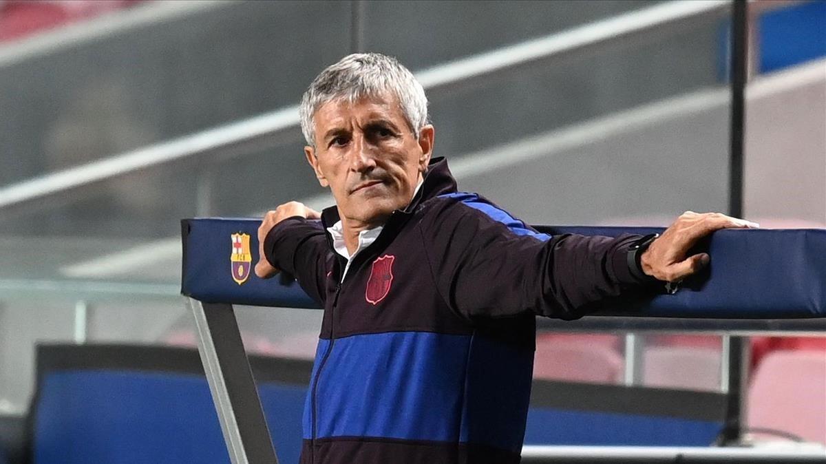 Quique Setién, durante el partido ante el Bayern en Lisboa.