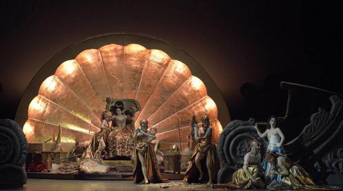 Una escena de la ópera 'Orlando furioso', de Antonio Vivaldi, con una puesta en escena de Fabio Ceresa presentada en el Teatro Malibran de Venecia.