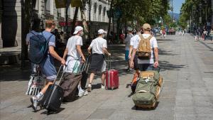 El Regne Unit es planteja adoptar un passaport Covid per facilitar viatges