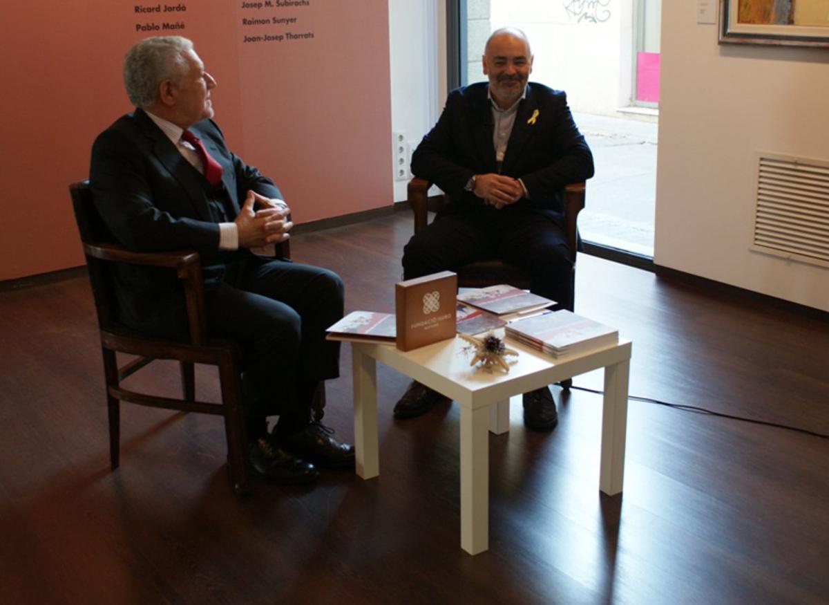"""Lluís Bassat y Pere Carles en la presentación de la exposición """"Dos colecciones que dialogan""""."""